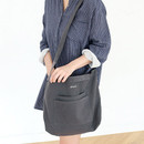 Charcoal - Around'D two pocket bag - medium