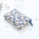 Size of Warm breeze pattern card case holder