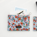 Blooming - Comely pattern medium flat pouch