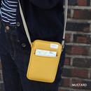 Mustard - A low hill basic standard pocket crossbody bag