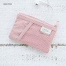 Indi pink - A low hill basic mesh pocket small pouch