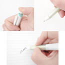 2Young My plus black knock retractable gel pen 0.5mm