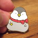 N.IVY Pochapeng red muffler metal pin badge