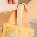 handle - Livework A low hill handle mesh travel zipper pouch