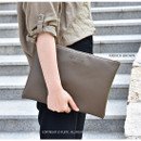 French brown - Play Obje Feel so good clutch bag with glasses pocket