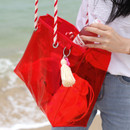 Example of use - 2NUL Aloha holidays red beach shoulder bag