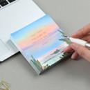 Example of use - The Bon Bon jour trois fois square memo notepad