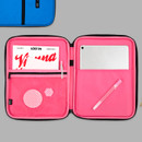 Example of use - BNTP Today tablet PC iPad zipper multi pouch
