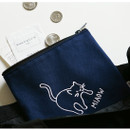 Usage example - Dailylike Embroidery rectangle fabric zipper pouch - Miaow