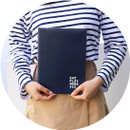 Navy - Romane 2020 Workaholic 365 dated weekly diary planner