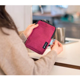 Usage example - Byfulldesign Light crossbody bag with detachable strap