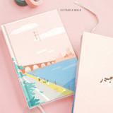 Take a walk - ICONIC 2022 Daily Life Dated Weekly Diary Planner