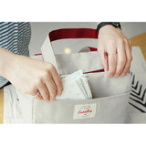 Front pocket - Insulated lunch cooler bag
