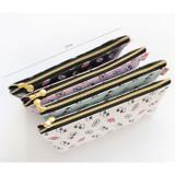 Size of Hello pattern zipper pencil case