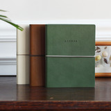 Agenda undated weekly diary planner