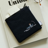 Example of use- Dailylike Embroidery rectangle fabric zipper pouch - Kayak