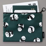 Example of use - ICONIC Comely water resistant medium flat pouch bag