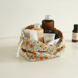 Example of use - Dailylike Warm flower soft oxford cotton bucket drawstring pouch