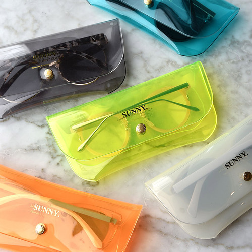 Play obje Sunny neon clear PVC glasses pouch