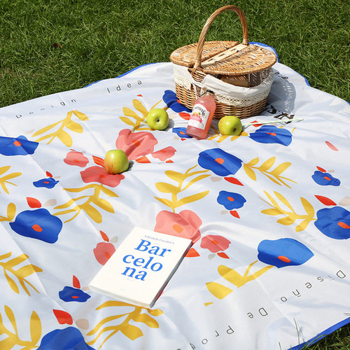 ROMANE Cute Water-resistant picnic mat with bag