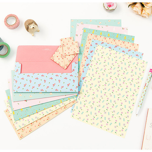 Pastel pattern letter paper and envelope set