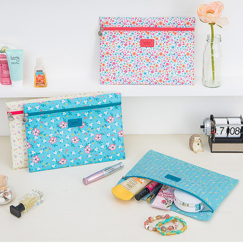 Summer pattern flat zipper pouch medium