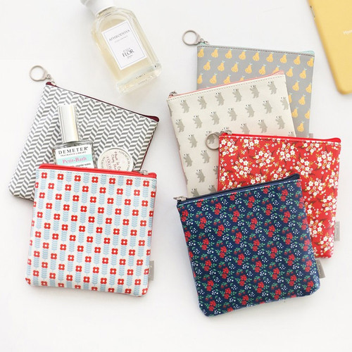 Unique pattern medium zipper pouch