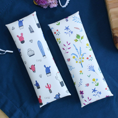 Cactus flower pattern folding pencil case
