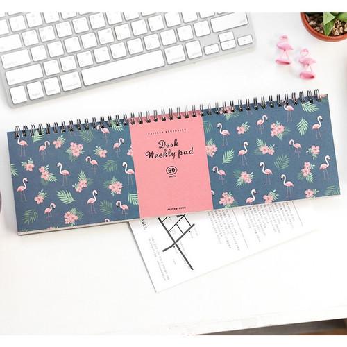 Desk wirebound pattern undated weekly planner