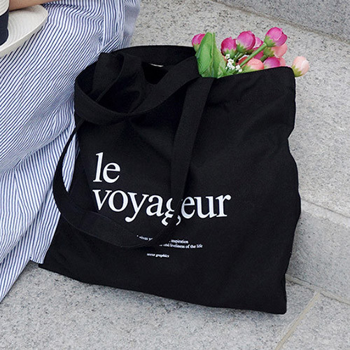 Le voyageur black cotton shoulder tote bag