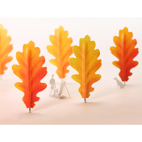 Appree Acorn leaves bookmark black ballpoint pen set