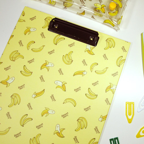 Moons Friends banana pattern A4 clipboard