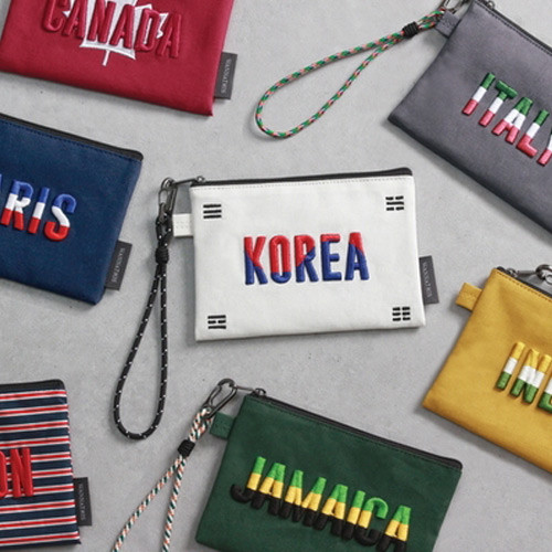 National small pouch with detachable strap
