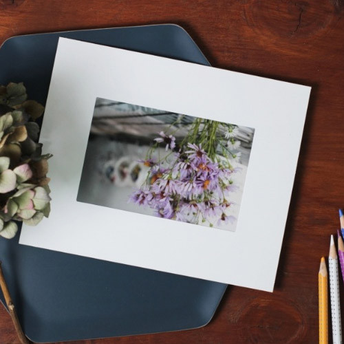 4X6 Premium white paper photo frame