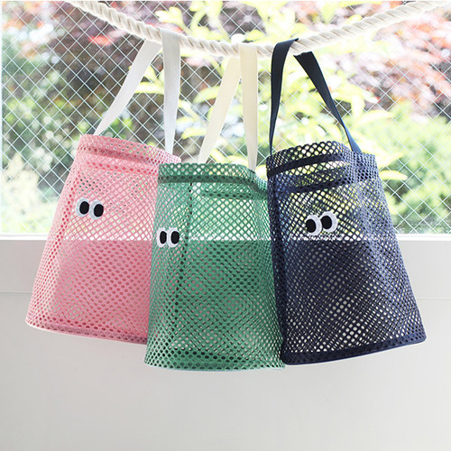 Som Som stitch mesh tote bag