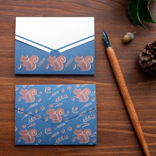 Squirrel pattern small folded card