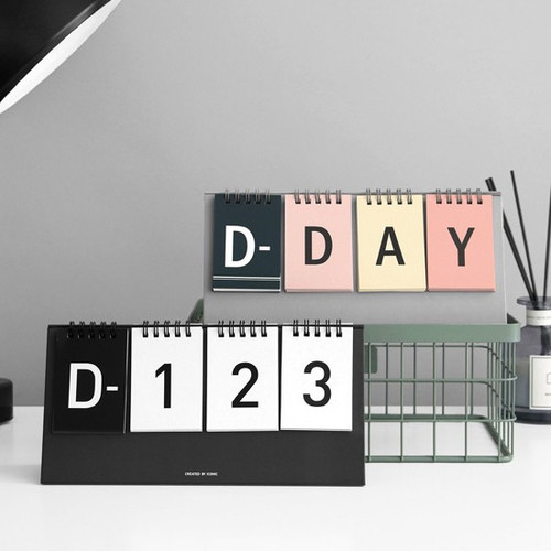 Simple flip perpetual standing desk calendar