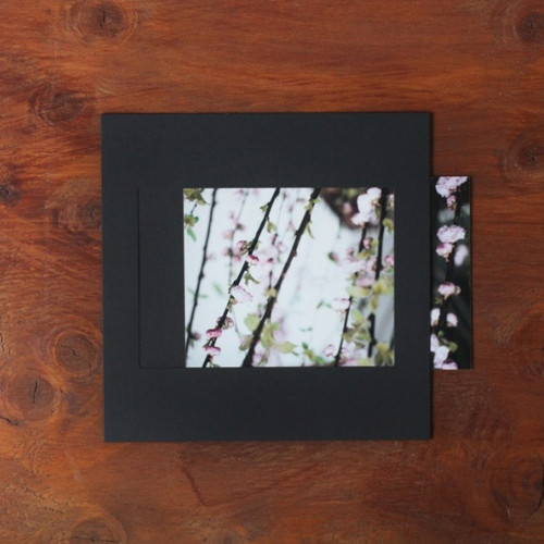 Square 4X6 Black paper photo frame set