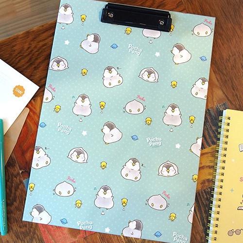 Pochapeng penguin pattern A4 clipboard
