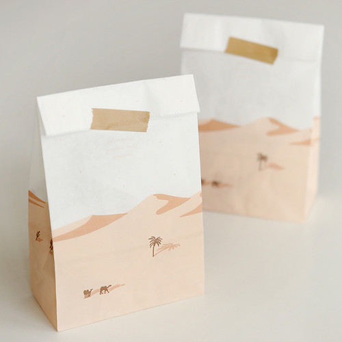 Desert and cat pattern small paper gift bag set