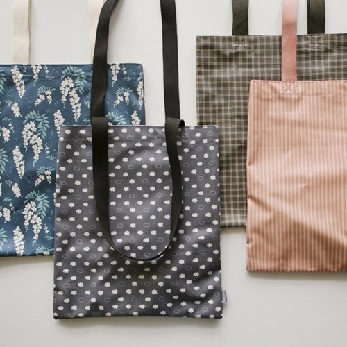 Dailylike Laminate fabric tote shoulder bag