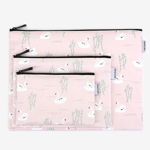 Dailylike Laminated cotton fabric zipper pouch - Swan lake