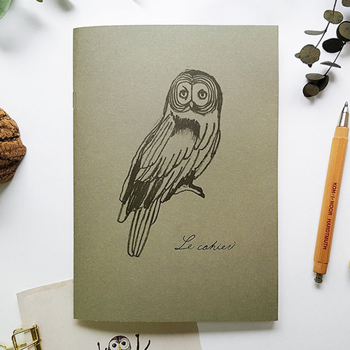 O-check Owl A5 size 3 square sections notebook