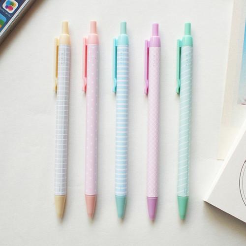 Plain color ink 0.5 mm ballpoint pen - B type