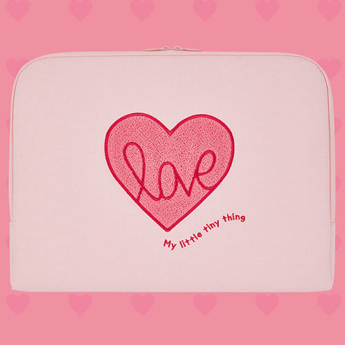 Pink heart boucle canvas iPad laptop pouch case