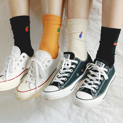 Dailylike Friends embroidered women socks set