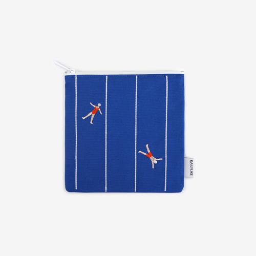 Dailylike Embroidery rectangle fabric zipper pouch - Swimming
