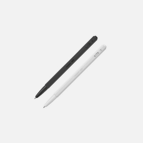 MONAMI 153 black and white knock retractable ballpoint pen