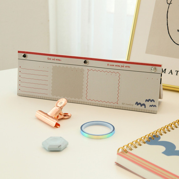 O-ssum standing memo notepad with perforated line
