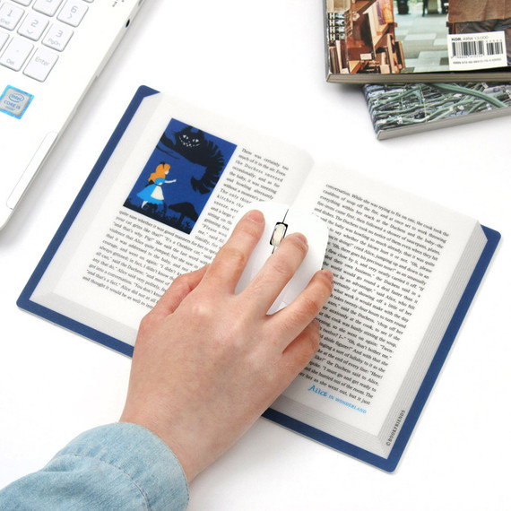 Bookfriends World literature open book mouse pad